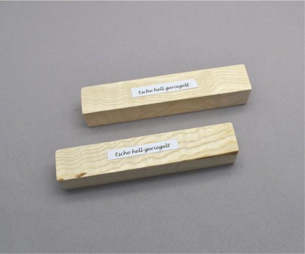 Blank Holz Esche hell gemasert ca. 24x24x140mm
