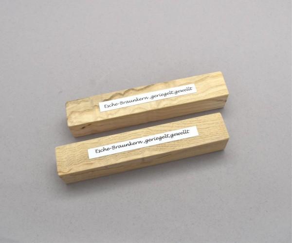 Blank Holz Esche geriegelt, gewellt ca. 24x24x140mm